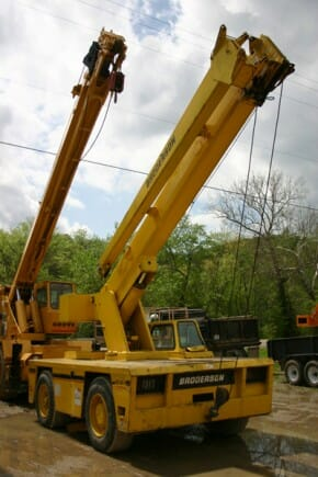 1995 Used Broderson IC200-2B