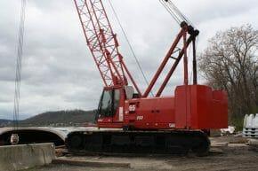 Manitowoc 222 Crawler Crane for Sale   Used cranes Dealer for Terex